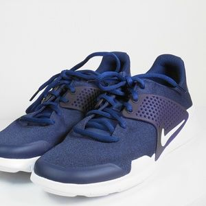 Men's Nike Navy Blue Walkers Size 8.5 M